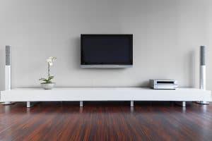 tv-wall-mount-installation-minimalist